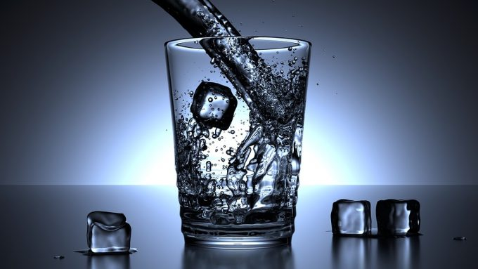 筋トレ 水