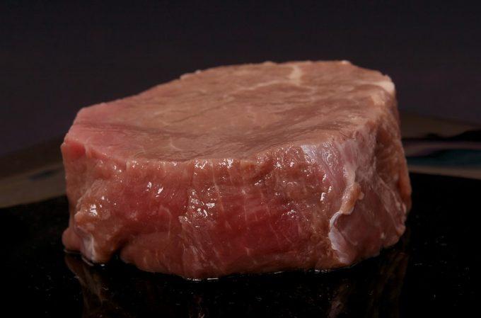 牛肉 タンパク質